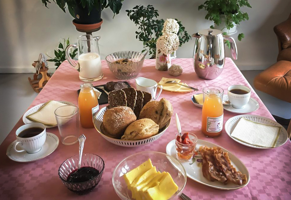 Nyd din økologiske, hjemmelavede morgenmad på Café Morgenstedet i Faxe.